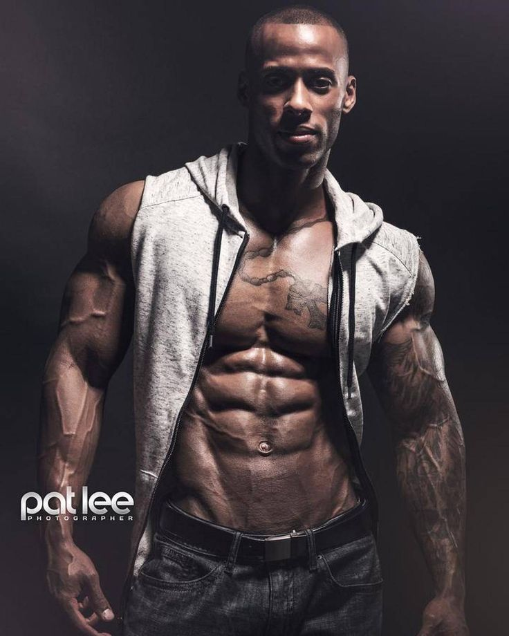 Marcelino Bradford by Pat Lee  @marcelino_physique   @marcelino_physique   @marcelino_physique   Pat Lee is based in Chicago and available for photography video and media projects.  patlee@patleemedia.com  #muscle #bodybuilding #fitness #fitfam #gym #fitspiration #shredded #abs #aesthetics #instagood
