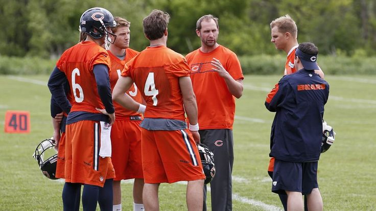 The Bears Den: November 9, 2015 - Chicago Bears news and updates -  By Dane Noble  @WindyCGridiron on Nov 9, 2015, 7:45a  -    Join us inside for the latest headlines out of Halas Hall...