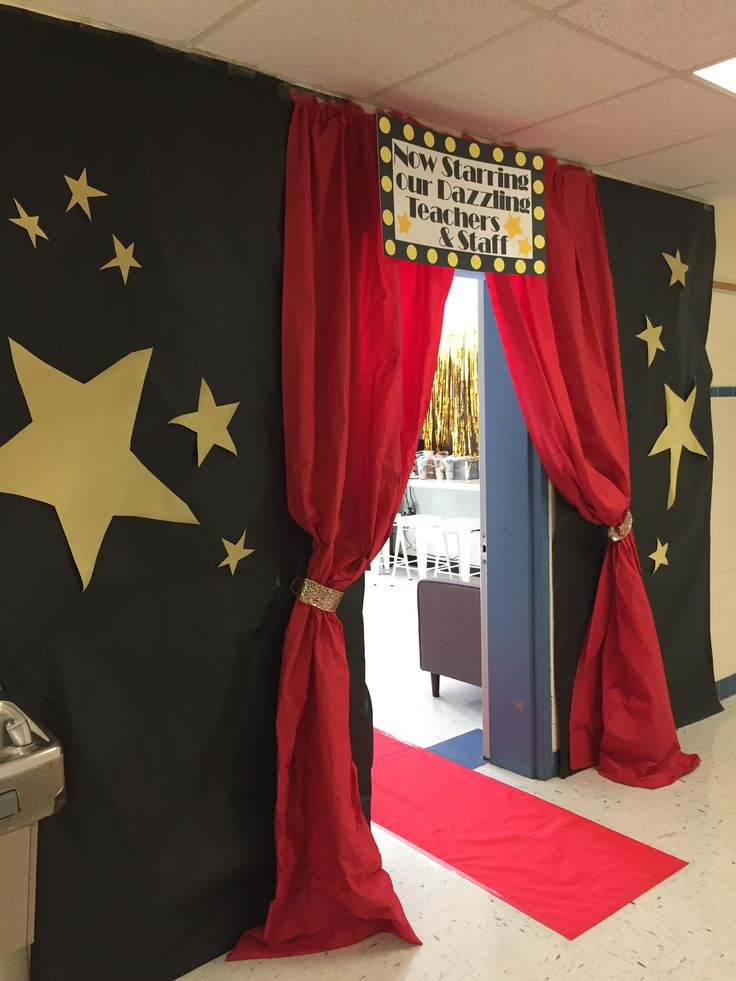 Decorate entrance to the Hollywood graduation party