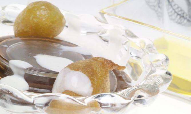 Receta de Buñuelos caseros rellenos de crema de chocolate