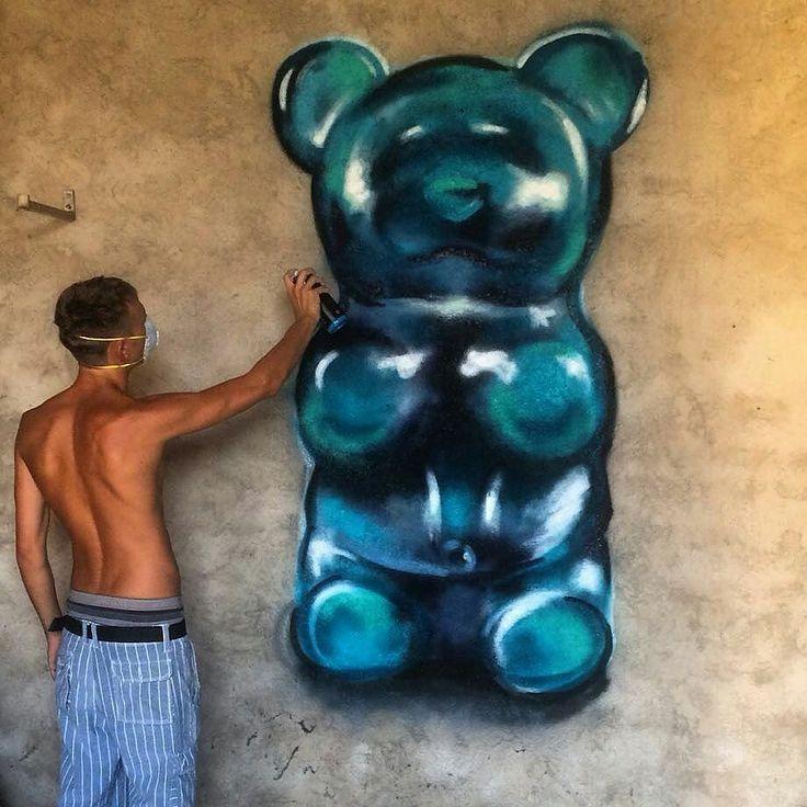 WANT A SHOUTOUT ?   CLICK LINK IN MY PROFILE !!!    Tag  #DRKYSELA   Repost from @edoardozerbi   Quanto minchia fanno schifo gli orsetti gialli!!?? #art#montana#graffiti#gummybear#sweets#jelly#candies#graffiti via http://instagram.com/zbynekkysela