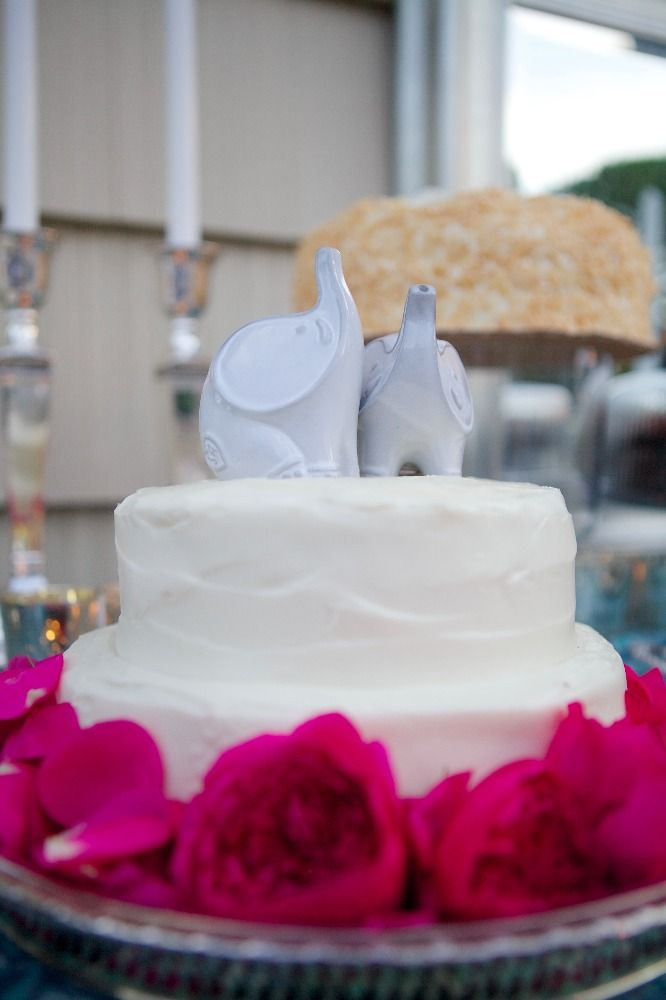 wedding cakes in lagunbeach ca%0A Welcome to Carats  u     Cake    Cake FlowersLaguna BeachWhite WeddingsBeach  WeddingsWedding