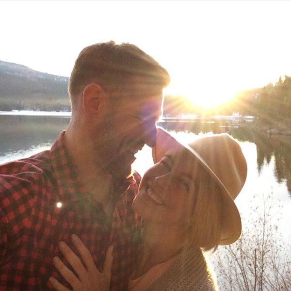 Julianne Hough and Brooks Laich's Cutest Couple Moments: See the Pics! | E! Online Mobile
