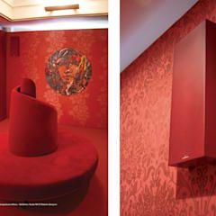 Salas multimedia de estilo moderno por media & home :: hoffmann