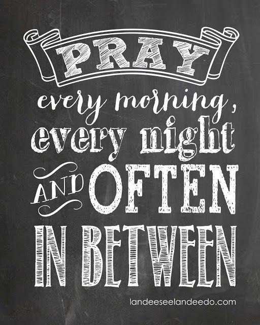 Pray Printable - Awesome chalkboard printable.