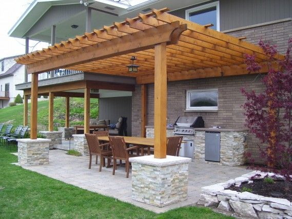 small pergola over brick patio, perfect for a not so huge backyard