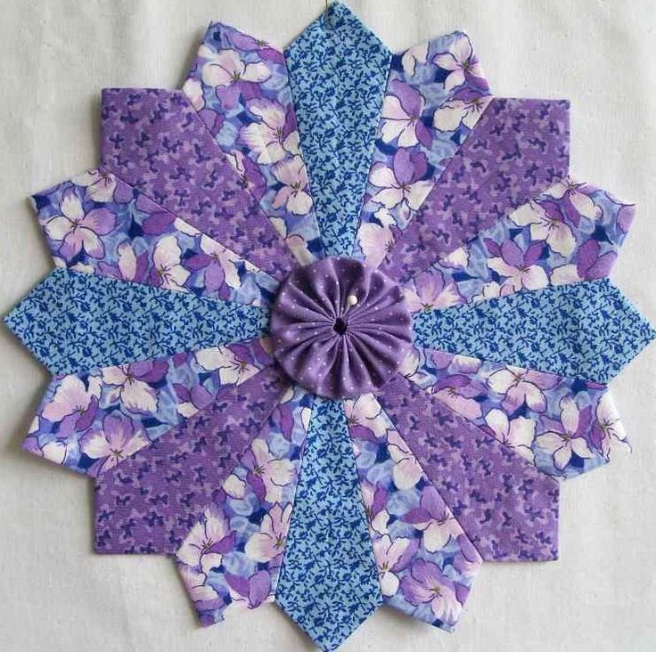 316 Best Images About Dresden Plate Quilts On Pinterest