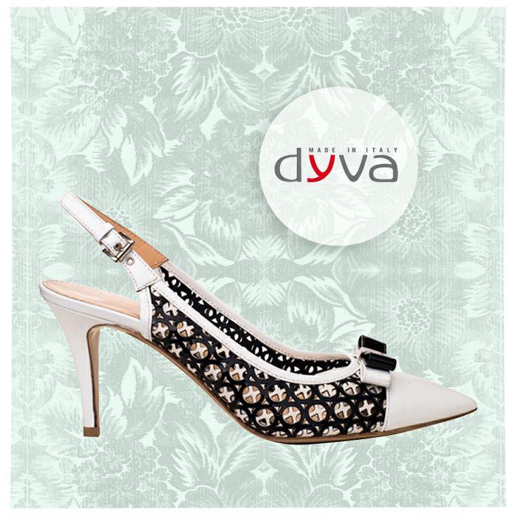 Sogna la tua estate indossando le scarpe DYVA! Impreziosisci il tuo piede con questi bellissimi sandali con fiocco bicolore! #scarpedyva #sandali #collezioneprimaveraestate  ***  With Dyva summer starts early! #jewel #shoes #springsummercollection