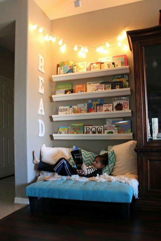 Great little reading nook! I'm definitely going to do this for my daughter and son...maybe a bit bigger though!