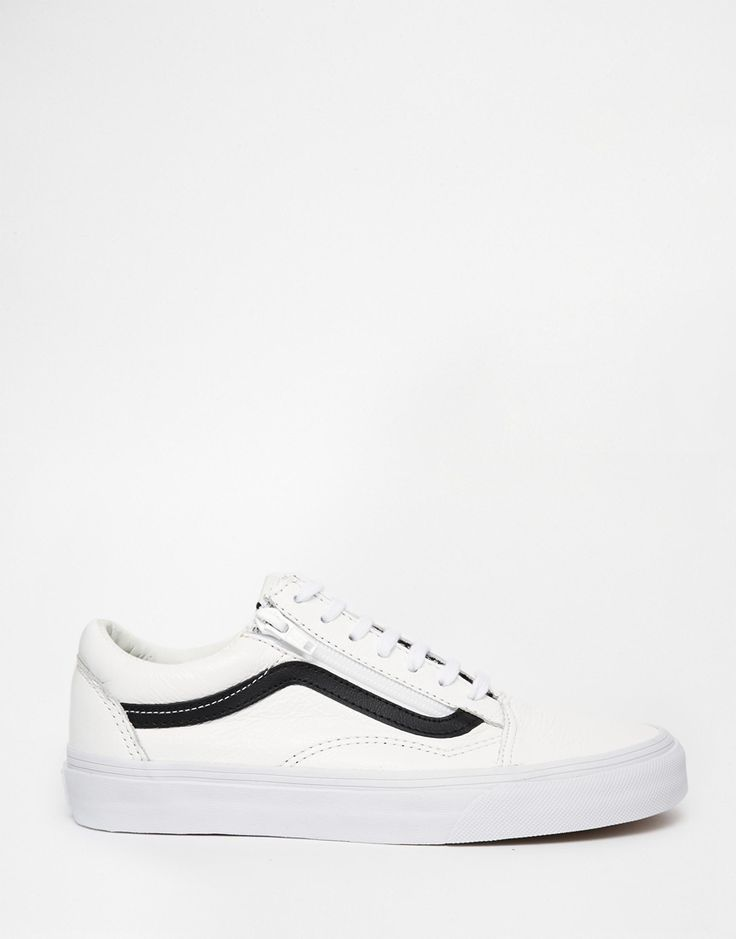 old skool vans black junior