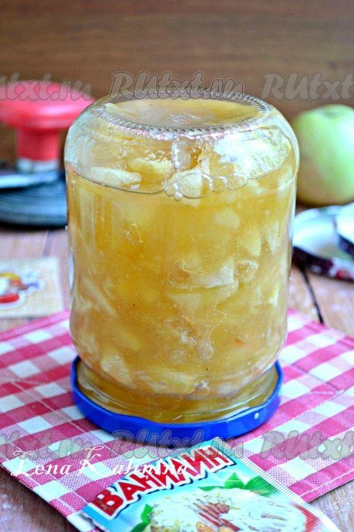 Густое варенье из яблок Предлагаю вам рецепт густого варенья из яблок. Оно отлично подходит в качестве начинки для пирогов и пирожков. Такое варенье нравится мне больше всего, оно получается ароматным, вкусным, густым, с кусочками неразварившихся яблок.
