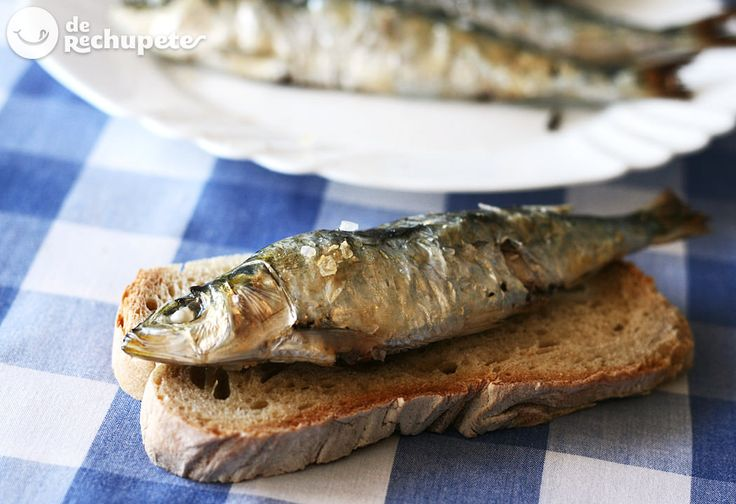 Sardinas asadas. Cómo hacerlas en el horno de casa sin olores - Recetasderechupete.com