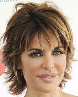 Coupes cheveux courts dégradés - http://lookvisage.ru/coupes-cheveux-courts-dgrads/ #Cheveux #Beauté #tendances #conseils