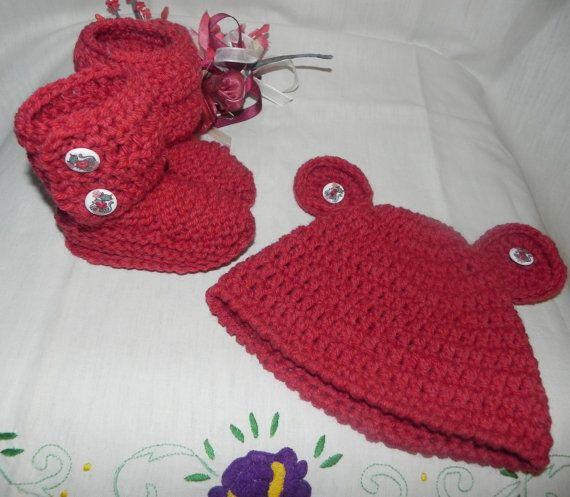Stivaletti e cappellino fatti a mano in di Ciuppinociuppinino