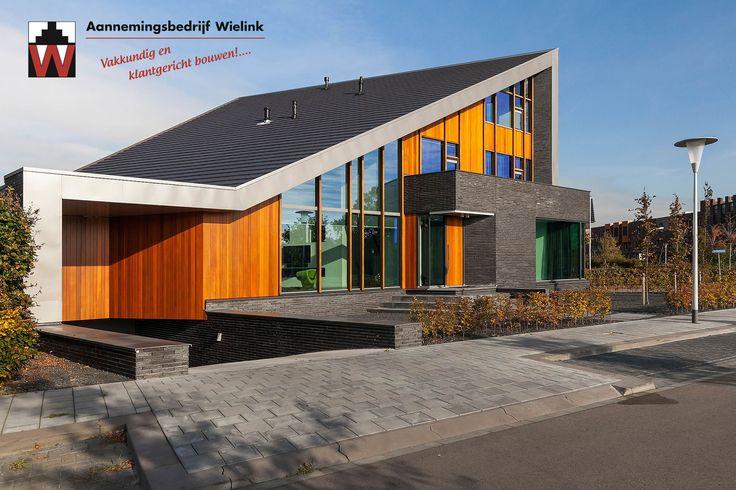 25 best moderne woning of villa met lessenaarsdak for Moderne strakke huizen