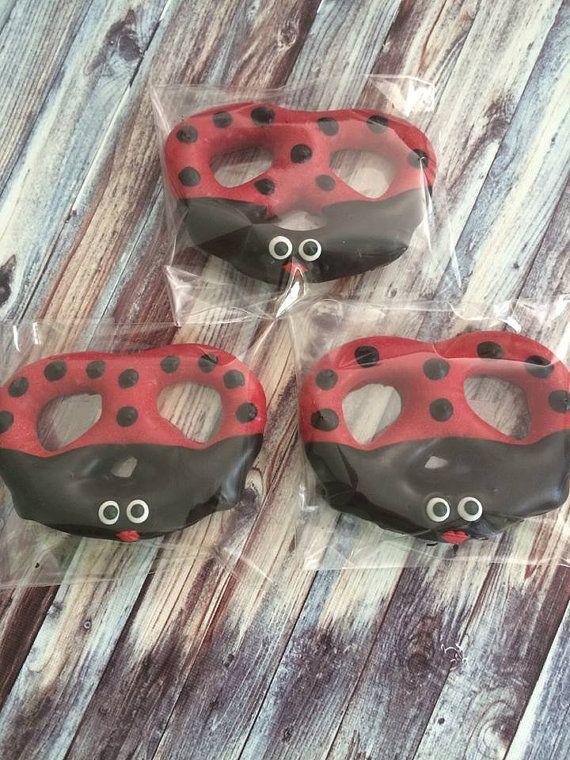12 Chocolate Covered Ladybug Pretzels by SparklingSweetsShop
