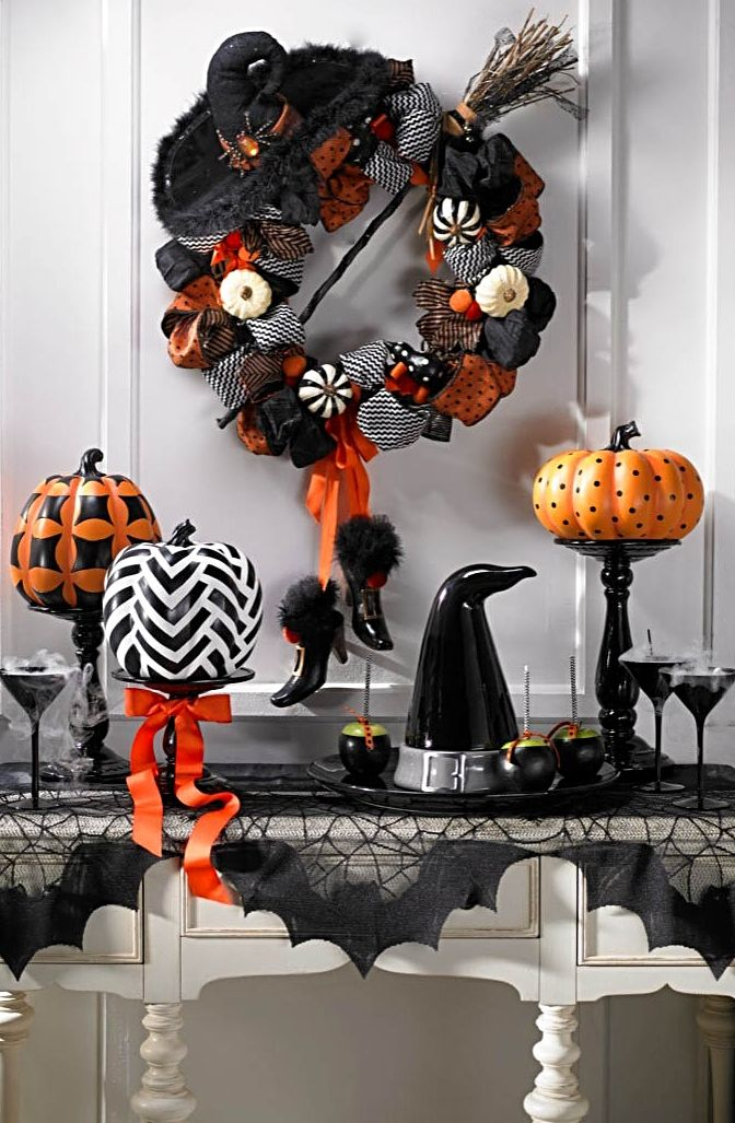 Decorating Ideas > 385 Best Images About Crafts To Make On Pinterest  Deco  ~ 151936_Halloween Door Greetings