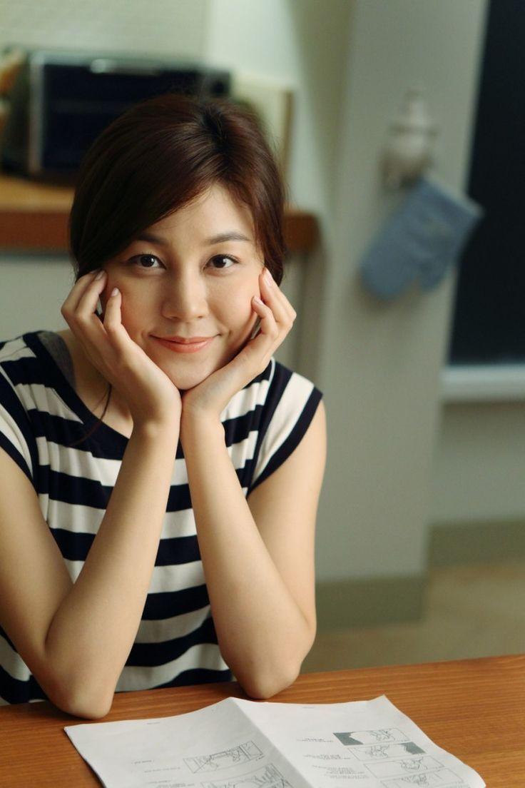 Kim Ha-Neul 김하늘 코스모폴리탄