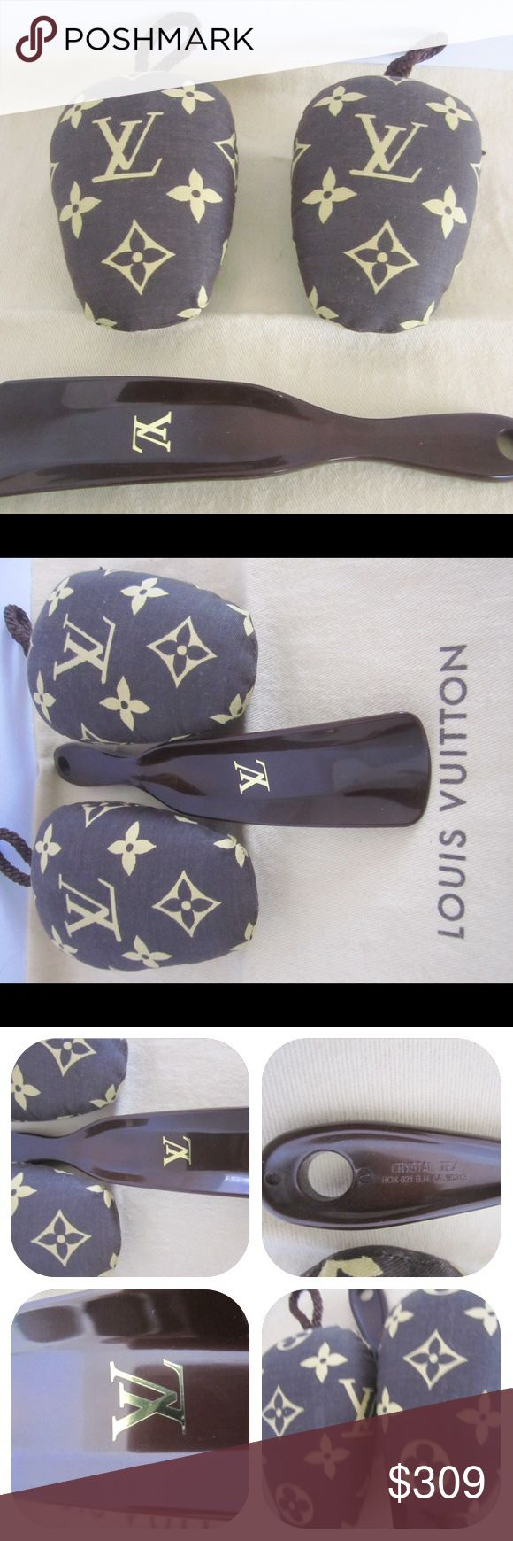 """Auth. Louis Vuitton Shoe Inserts and Shoe Horn 100% auth. Preowned. Excellent condition. Please view all photos carefully, as they are an essential part of the description. Dimensions: 4"""" length, 2.75"""" width, 1"""" depth. For ladies shoes. Louis Vuitton monogram fabric inserts. With Louis Vuitton VIP shoehorn( never sold in stores) Very rare and collectible vintage item! Keep your shoes looking great, or just add these to your collection. Makes a great gift for the Louis Vuitton collector…"""