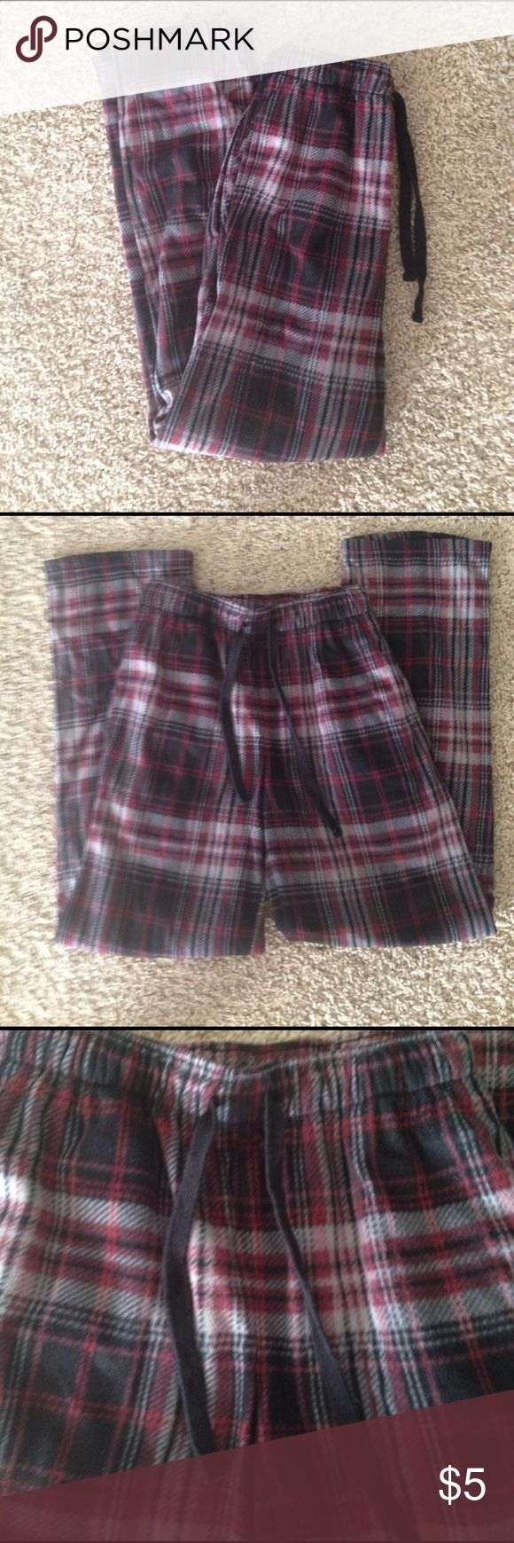 "Mens Pajama Pants Joe Boxer red, black, & gray plaid mens pajama pants, size small. Like new condition. Fit is tight for a small, these were too small for my hubby and he is a 30"" waist. Joe Boxer Pants"