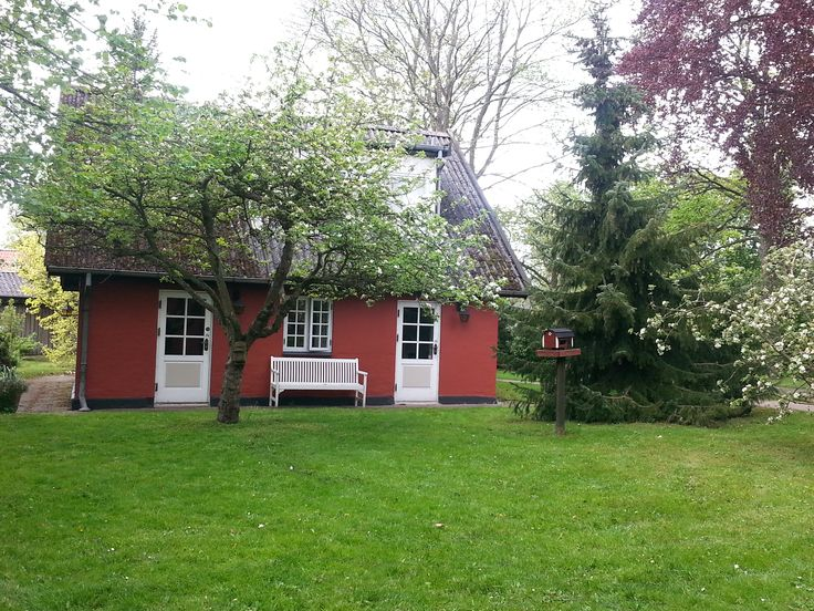 Den hyggelige have bag Svogerslev Kro