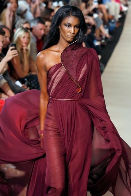 Stephane Rolland Haute Couture F/W 2013 Paris Fashion Week presentation