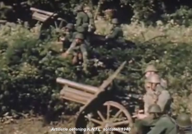 KNIL artillery at manoeuvres.