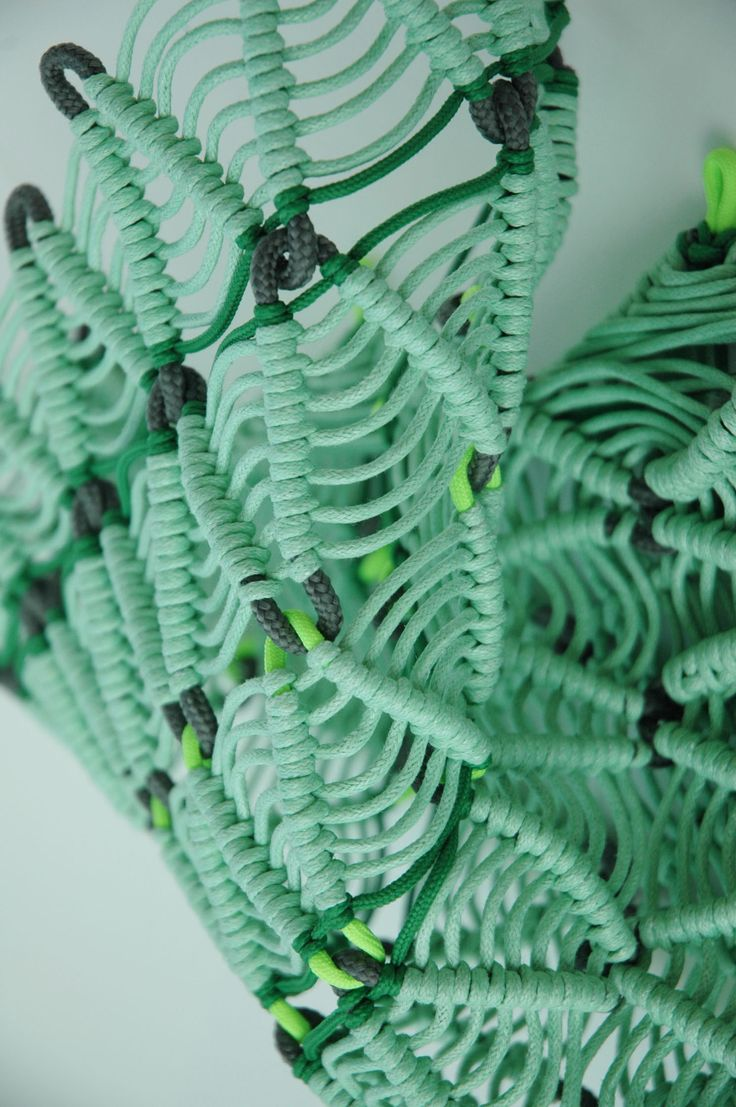 Contrasting traditional techniques such as macrame and knot-making with unconventional materials, this project explores architectural forms and optical illusions.