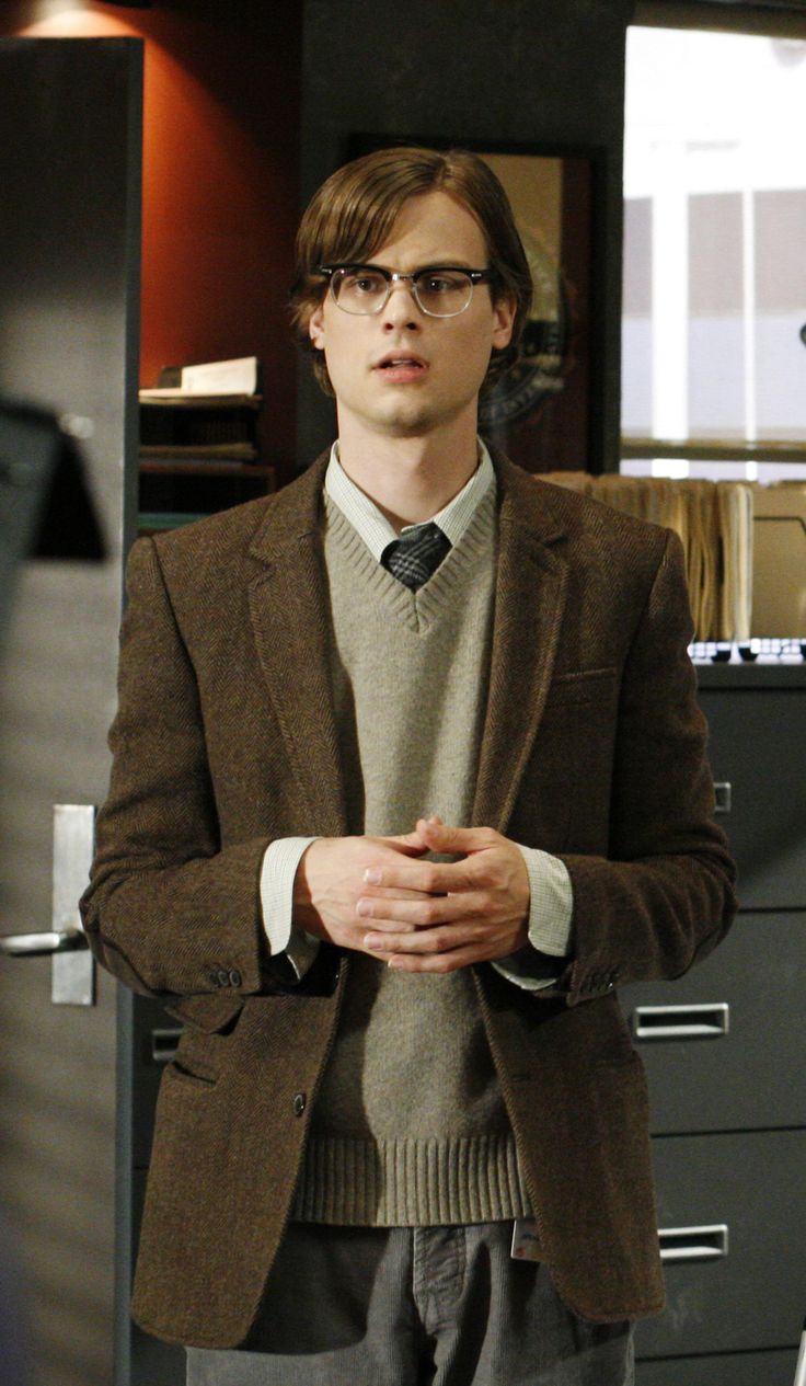 Dr. Reid (by ? Grubbler), male actor, glasses, hands, ! Criminal Minds, tv series, portrait, love his character, photo