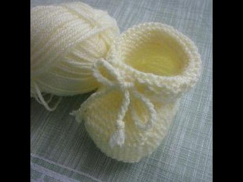 Нежные туфельки для новорожденного