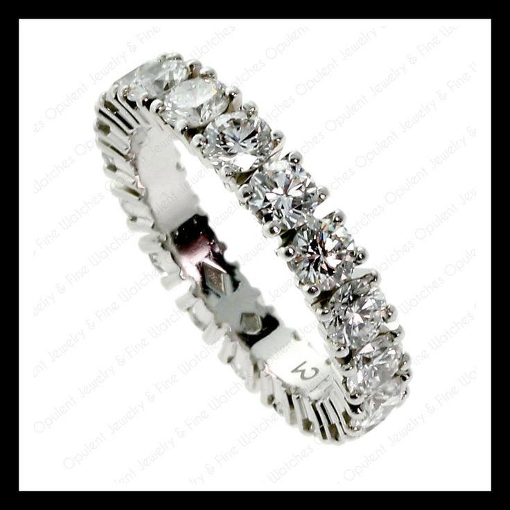 Een klassieker onder de (trouw-) ringen is deze Eternity Band ring van Cartier. Dit exemplaar is van platina en bevat 3.25 karaat aan diamanten.