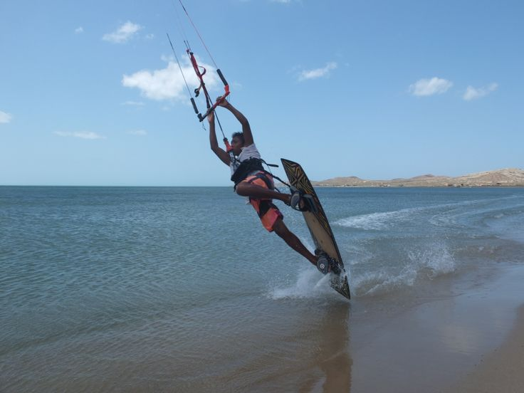 Looking for an adventure? Check out kitesurfing in #Colombia.
