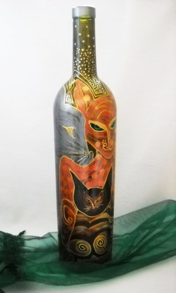Cats wine bottle art hand painted glass home decor for Hand painted glass bottles