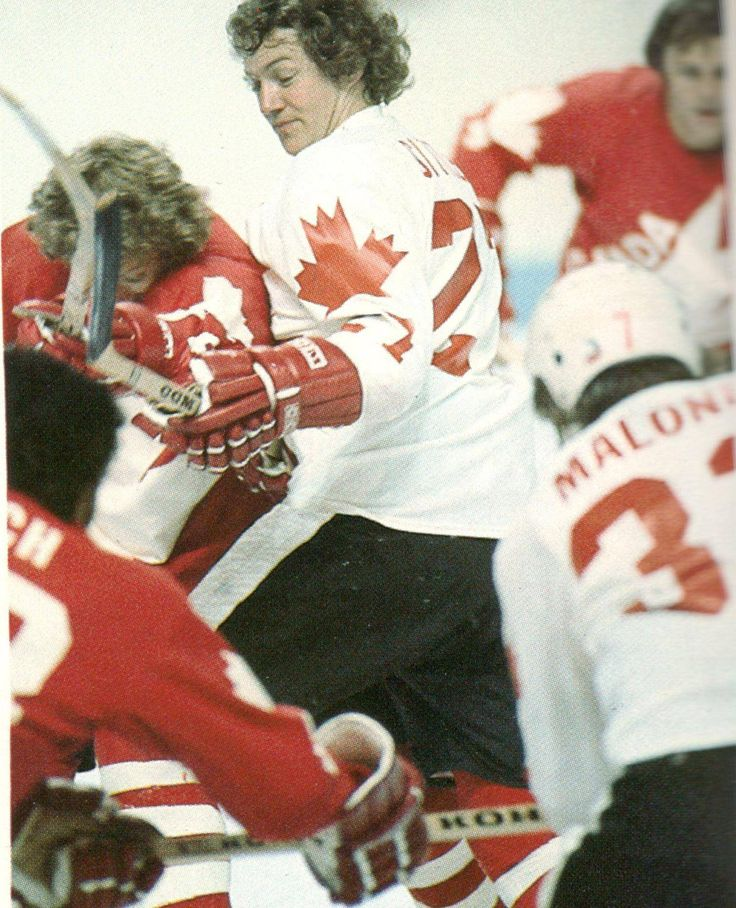 1976 Canada Cup inter-squad game-Clarke vs Sittler. Leach, Maloney and Barber in the foreground, background...