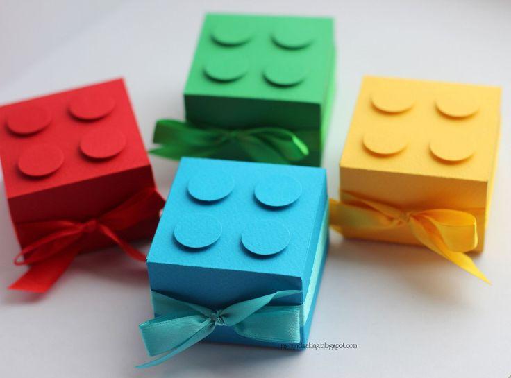 Бонбоньерки на день рождения в стиле LEGO