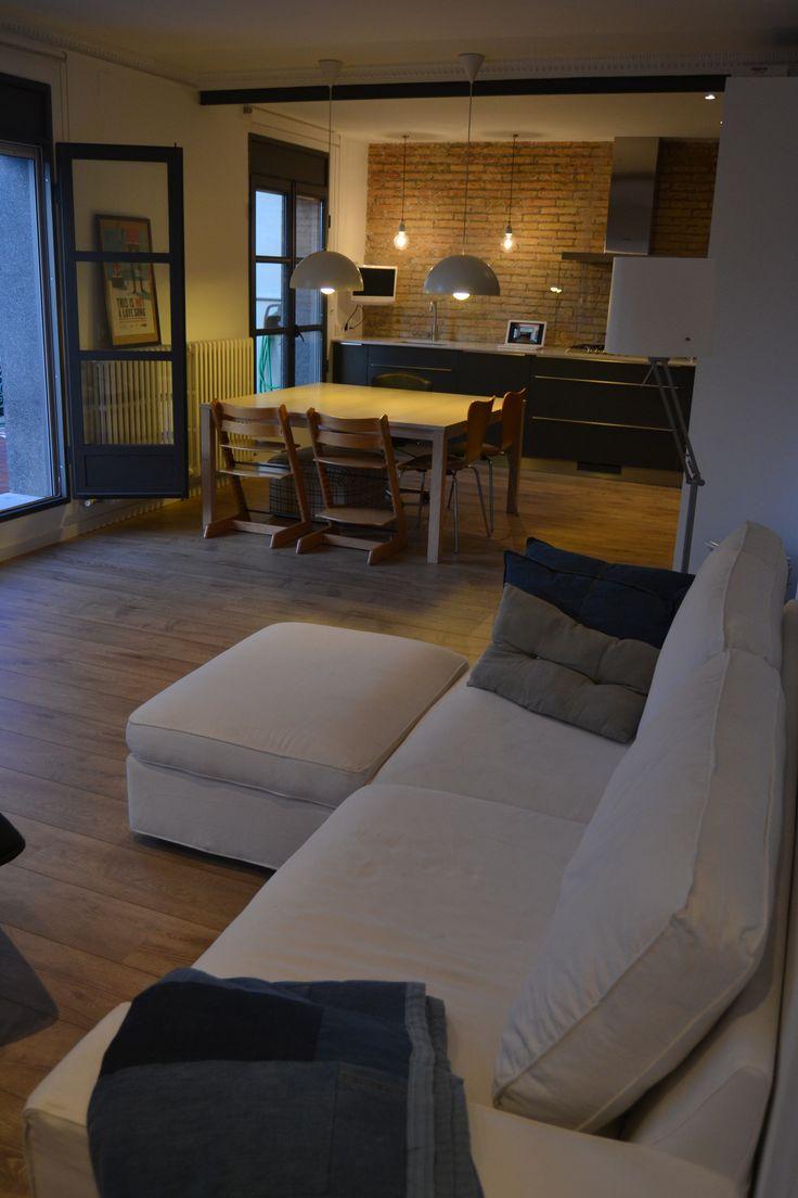 Hermosa vivienda en el barrio de Sant Antonio. Gracias por abrirnos las puertas. #Opengran #openhousebcn #Barcelona #living #decoracion # contemporaneo #moderno #diseñodeinteriores #arquitectura