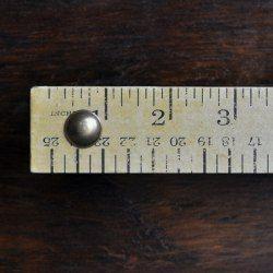 http://thepaintedhive.net/2017/05/easy-diy-ruler-drawer-pulls/