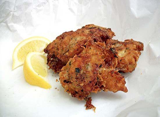 Crispy fried fish : beer battered tasty cod fish bites!