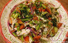 Салат из сладкого перца с огурцом и куриной грудкой | Кулинарные рецепты от «Едим дома!»