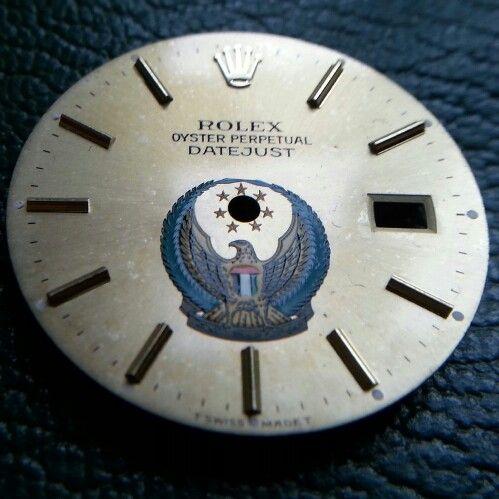 Rolex uae crest