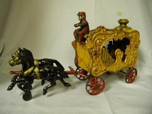icollect247.com Online Vintage Antiques and Collectables - HUBLEY ROYAL CIRCUS CALLIOPE WAGON Toys-Cast Iron
