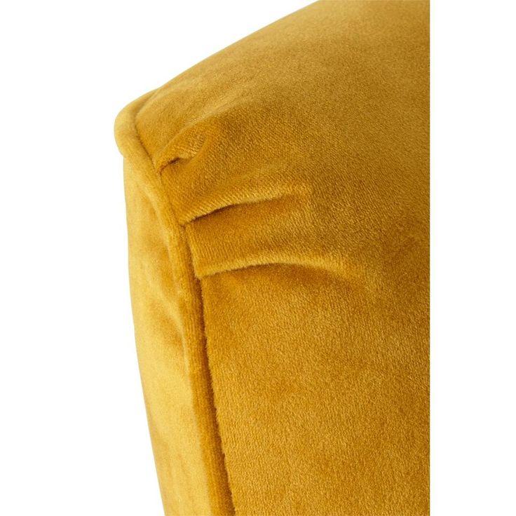 Gele fauteil #fauteuil #wehkamp #whkmpsown #okergeel #slaapkamer #wakkerwordenmetwehkamp
