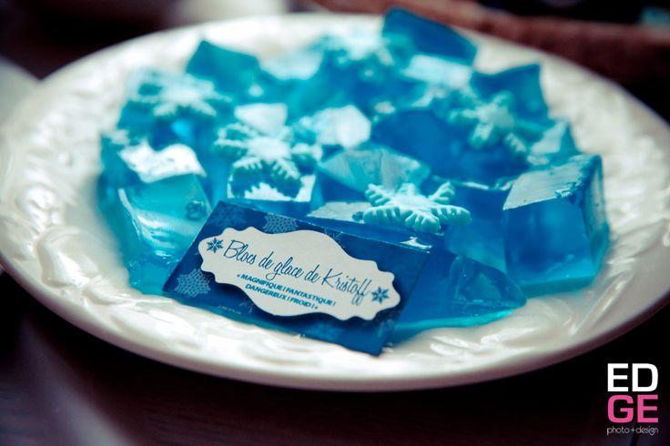 """Jell-O """"bloc de glace"""" pour fête Reine des Neiges"""