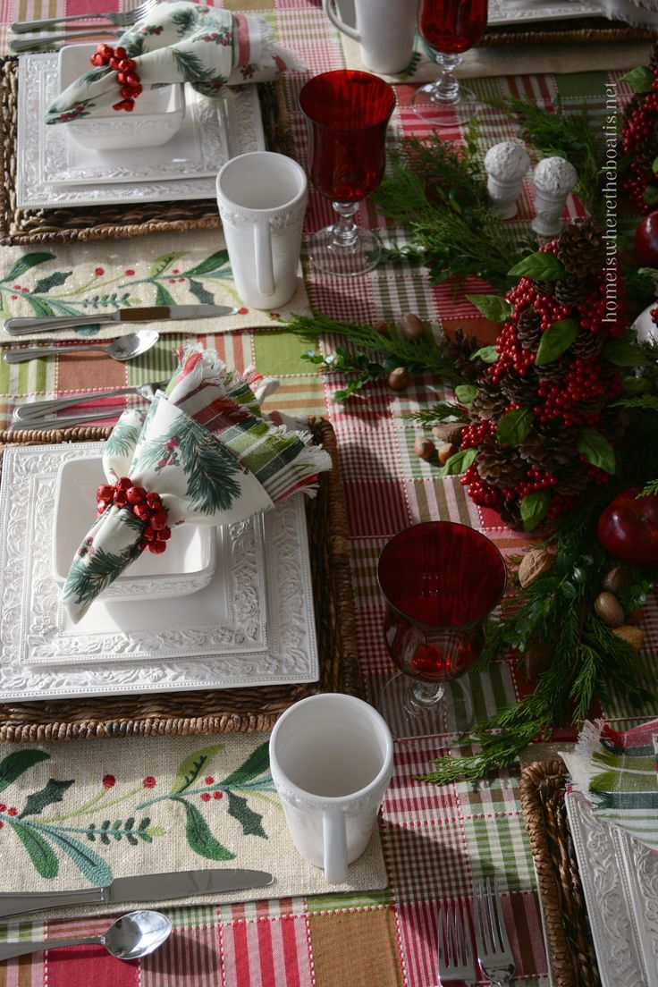 At the Table Christmas with Pfaltzgraff Country