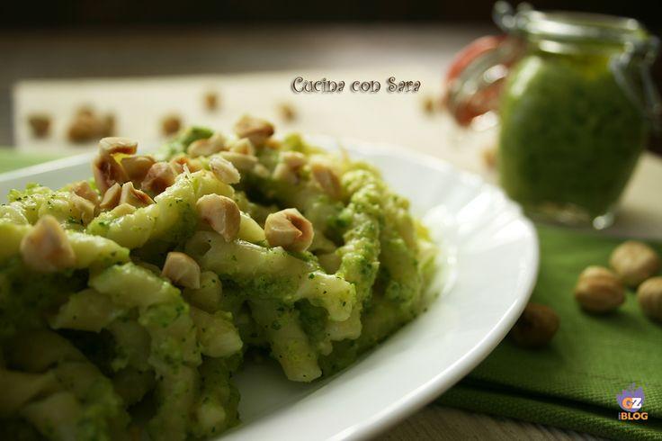 Pasta al pesto di zucchine e nocciole