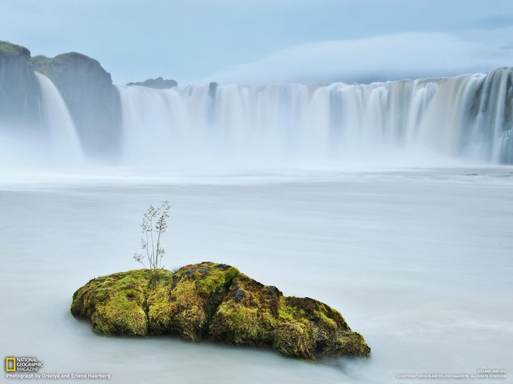 """Foto del mes de National Geographic. Por Orsolya and Erlend Haarberg """"Iceland's Resilient Beauty"""""""