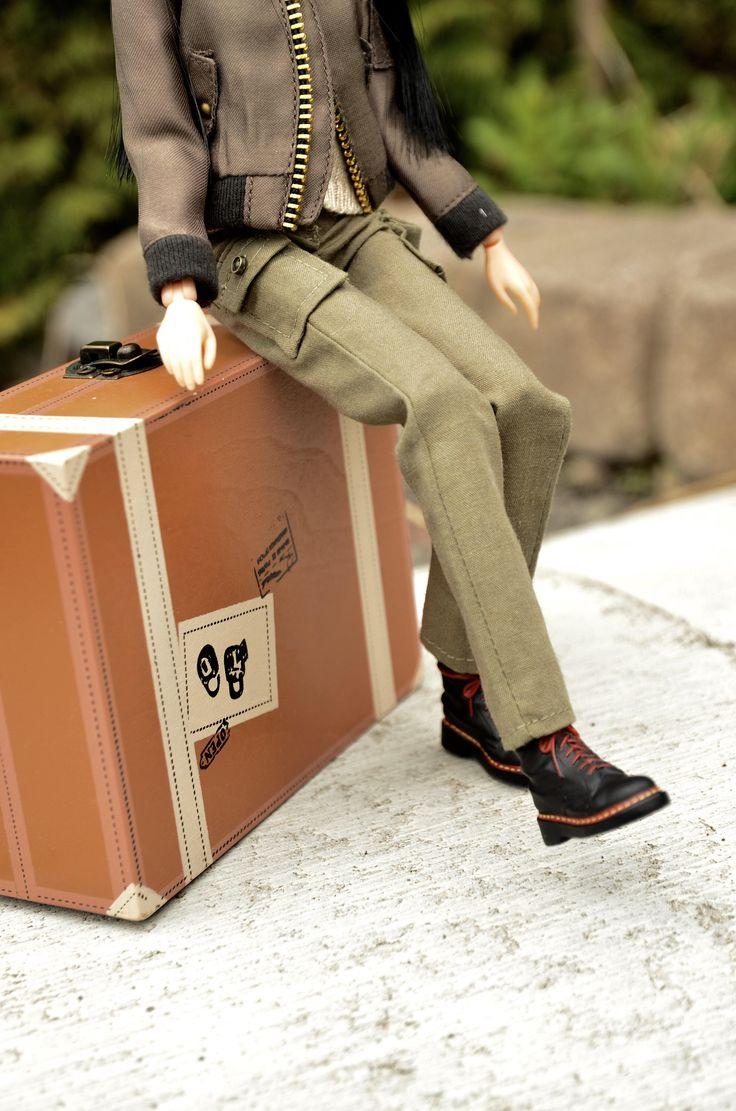 Le chouchou de ma boutique https://www.etsy.com/ca-fr/listing/530515623/vetements-momoko-vetements-barbie