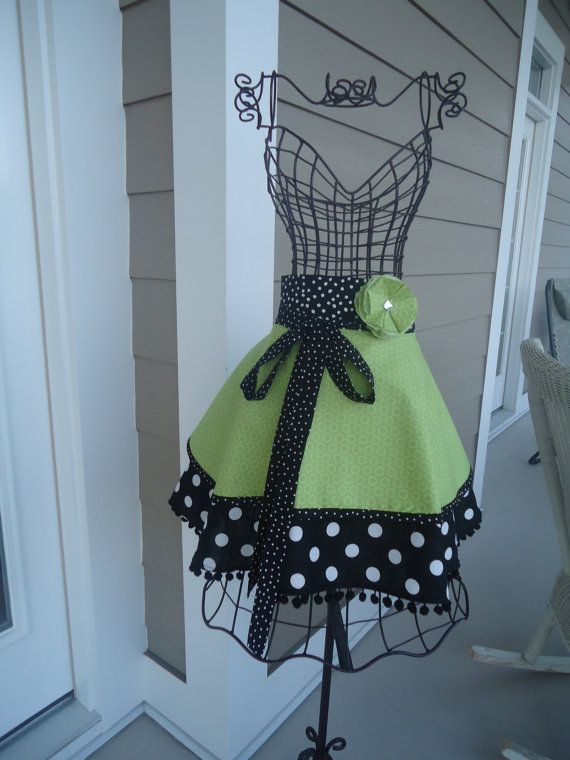 no tutorial, from an etsy shop, but there is something about polka dots that I LOVE