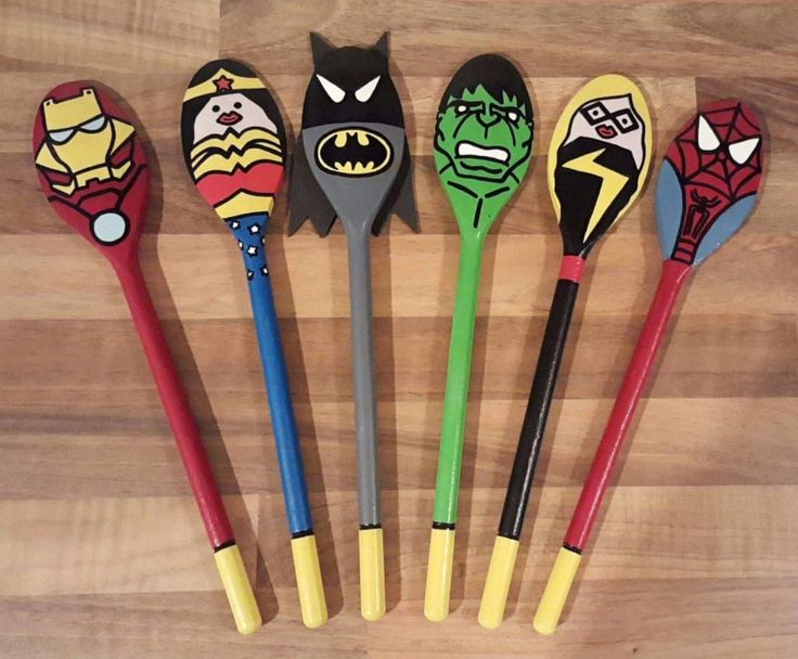 Superhero story spoons! Retelling, children, EYFS, early years, literacy, C&L, communication, play, learning! Natalie's Story Spoons!