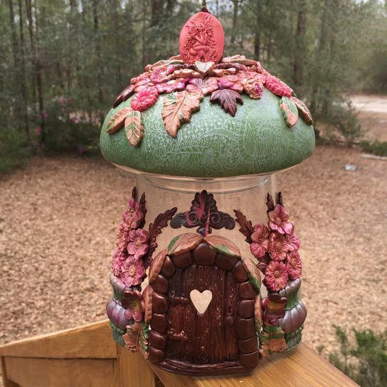 polymer clay - fimo - jar fairy house 2